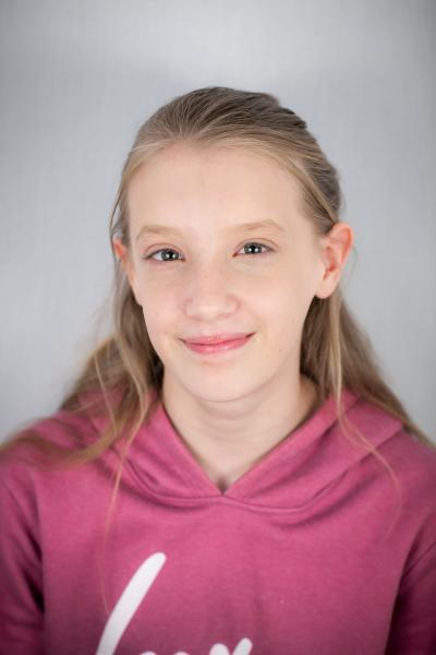 Chloe Foster