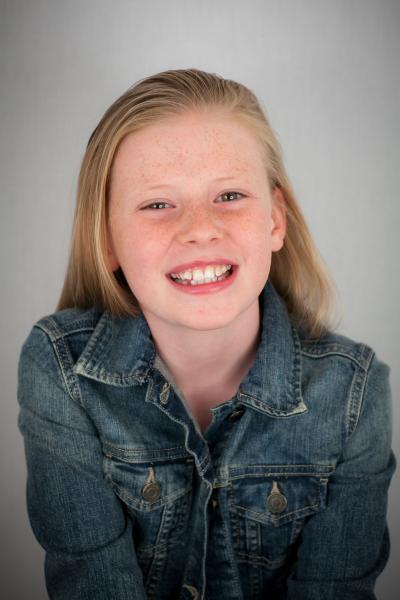 Lexie-Smile with teeth